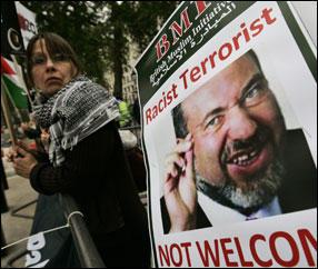 Proteste in Austria per la visita di Lieberman