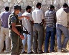 In stato di fermo 21 lavoratori palestinesi perché 'senza permesso'
