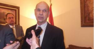 Il neo-ambasciatore israeliano al Cairo presenta le credenziali al maresciallo Tantawi
