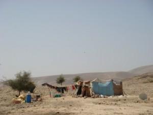 Nomadi nella valle del Giordano (foto da palsolidarity.org)