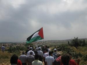 Israele: rinnovato l'arresto per il giornalista palestinese Burnat