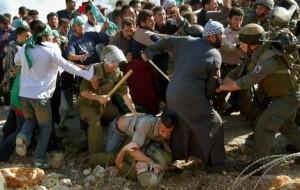 Betlemme: ferito un bambino palestinese durante una dimostrazione