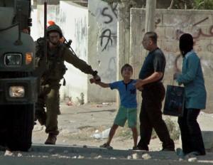 Rapporto: Israele ha arrestato 207 bambini palestinesi dall'inizio 2013