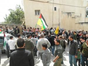 Repressione militare delle proteste in Cisgiordania: decine di feriti tra palestinesi e stranieri