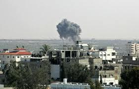 Raid israeliano su Gaza. Ucciso un giovane palestinese