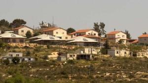 Nablus: coloni israeliani s'impossessano di terra palestinese