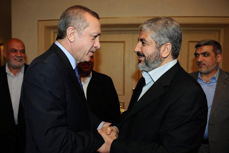 """Mesha'al: """"Accogliamo con favore la rivoluzione del popolo siriano che chiede libertà e democrazia"""""""