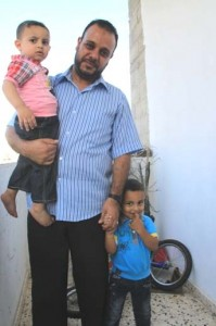 Storie dall'assedio: si muore aspettando una casa