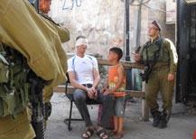 B'Tselem documenta l'arresto di un bambino palestinese di 5 anni