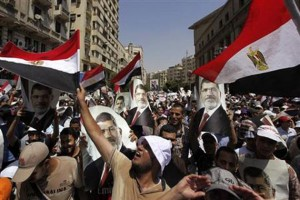 family-of-mohamed-morsi-alleges-abduction-new-clashes-in-cairo_230713084604