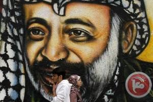Polonio sui resti di Arafat