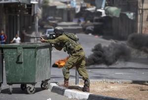 Sale a 589 il numero di palestinesi sequestrati dall'esercito israeliano in 3 settimane