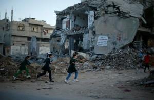 Striscia di Gaza: è iniziato l'anno scolastico, ma molte scuole sono state distrutte da Israele