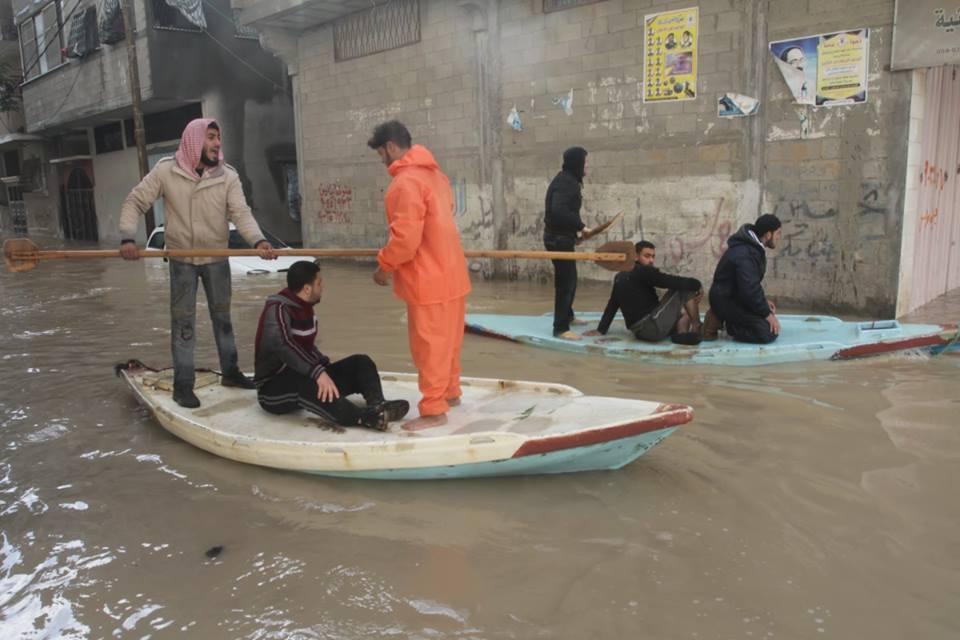 L'Unrwa dichiara lo stato di emergenza a Gaza