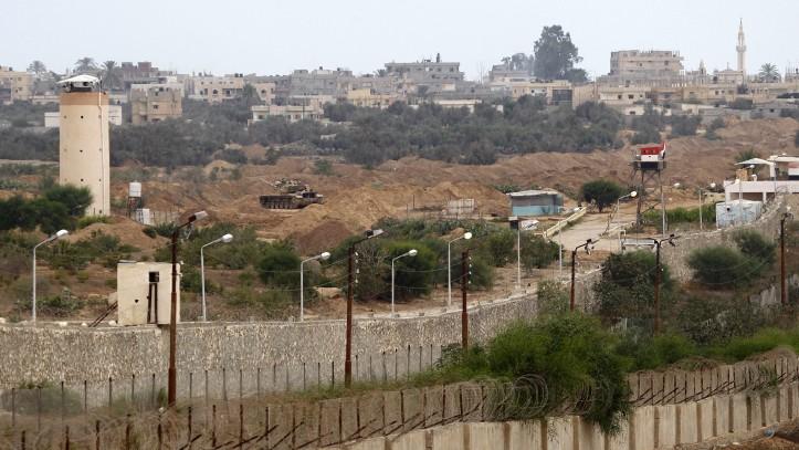 I palestinesi risentono degli effetti delle politiche di sicurezza egiziane