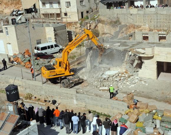 B'Tselem: 188 case palestinesi demolite nel 2014