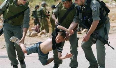 Forze israeliane arrestano bambino di 10 anni