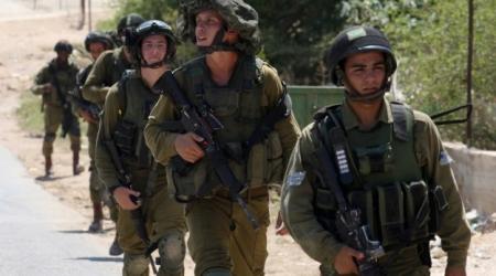 Le truppe di occupazione sparano su manifestanti contro assedio di Gaza