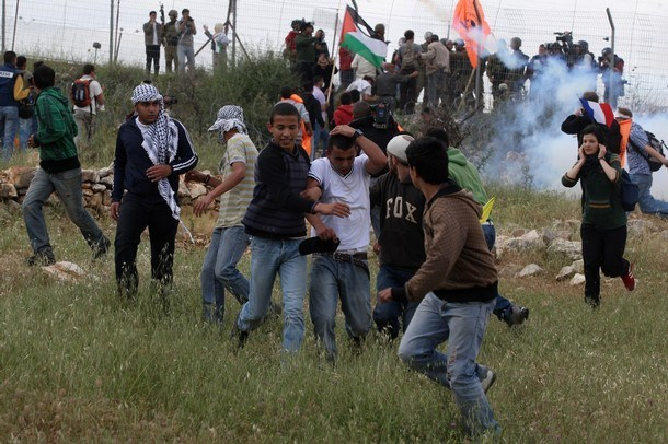 Migliaia di Palestinesi hanno sfilato in Cisgiordania per la Giornata della Terra