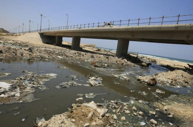palestine_israel_sewage_afp