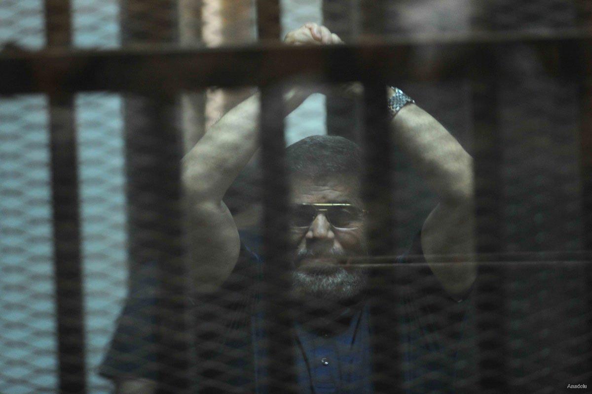 Al Sisi in un vicolo cieco: mandare in esilio Mursi o ucciderlo? Ma Erdogan è pronto ad accogliere il presidente deposto