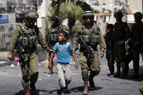 Ad aprile, 6 Palestinesi uccisi dalle forze di occupazione e 375 sequestrati