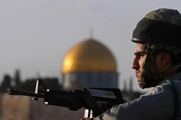Arrestati un bambino e una ragazza presso la Moschea di al-Aqsa
