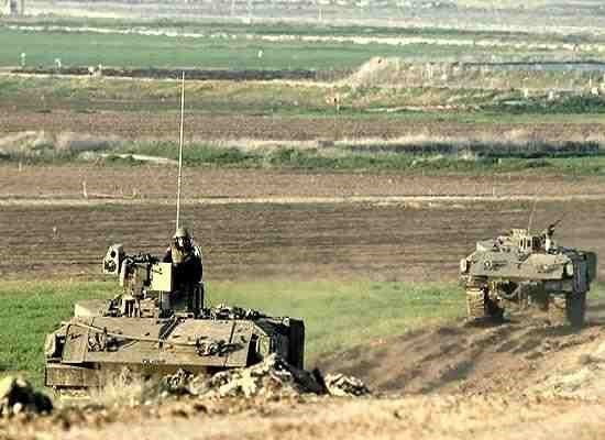 Le forze israeliane entrano nel nord della Striscia di Gaza e aprono il fuoco contro contadini e case