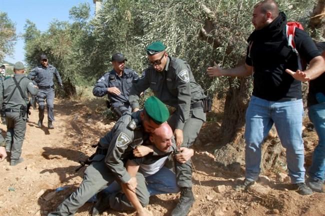 Muro dell'Annessione: scontri tra cristiani palestinesi e polizia israeliana