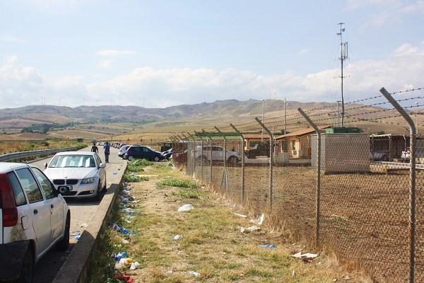 Reportage tra i profughi in Sicilia: il Cara di Mineo