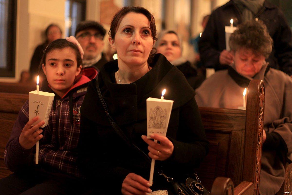 palestinian-christians-at-ar-raqqah-al-qusayr-church-in-ramllah-Feb-2015-2