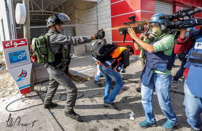 Report: a ottobre 89 attacchi israeliani contro i giornalisti