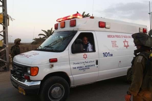 Palestinese ferito dopo aver accoltellato un Israeliano