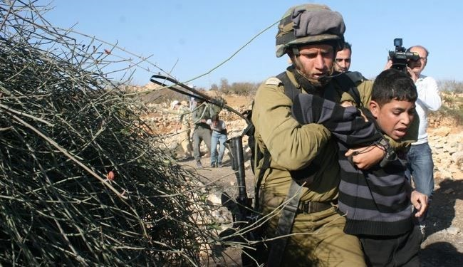 Le forze israeliane rapiscono 27 Palestinesi tra Gerusalemme e Cisgiordania