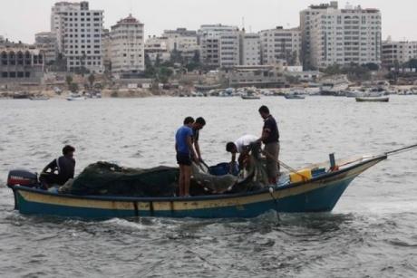 460_0___10000000_0_0_0_0_0_boat_gaza_waters