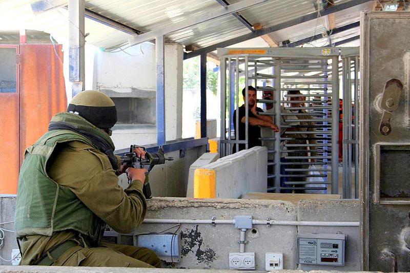 Giovane palestinese ucciso dai soldati israeliani vicino a Huwwara