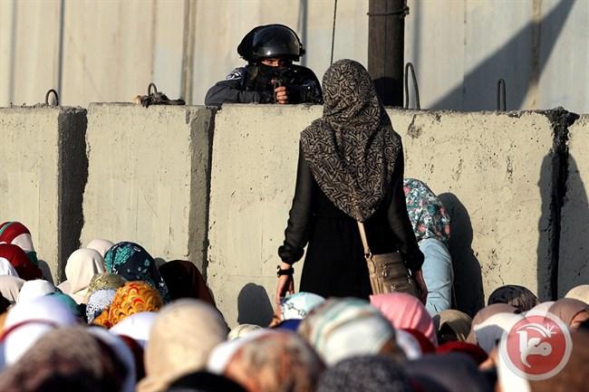 Adolescente palestinese arrestato a Qalandiya