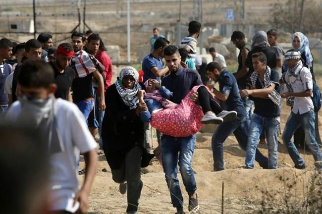 Striscia di Gaza, 7 Palestinesi feriti dai soldati israeliani
