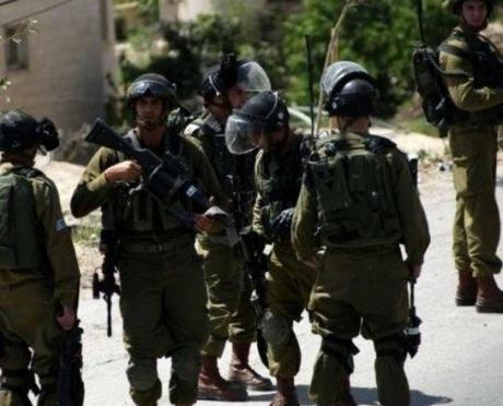 L'esercito rapisce cinque palestinesi in Cisgiordania