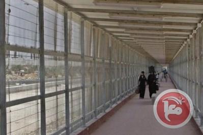 Israele incarcera un Palestinese impedendogli di tornare a Gaza dopo aver portato il figlio neonato in ospedale