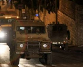 Soldati israeliani rapiscono tre palestinesi a Betlemme
