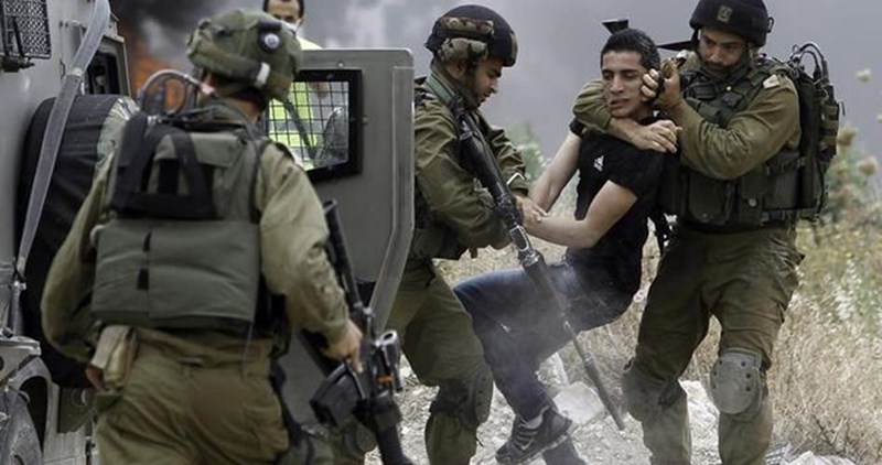 Hebron, le forze israeliane arrestano 35 attivisti nonviolenti palestinesi