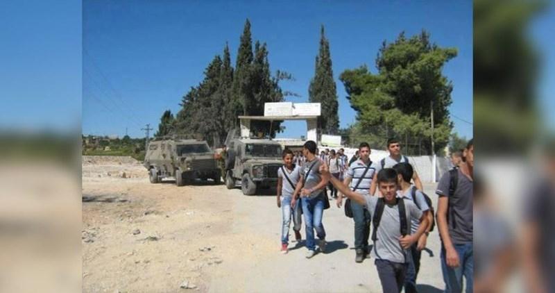 L'occupazione opprime gli scolari di Jenin durante il primo giorno di scuola