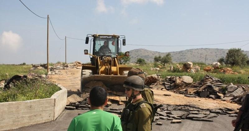 Cittadina palestinese nel Negev invasa dalle forze di occupazione: diversi feriti e arrestati