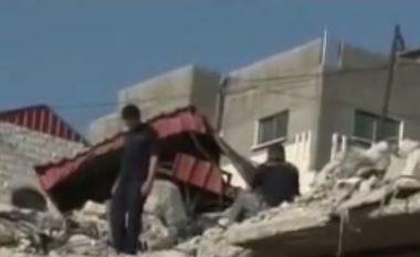 Le forze israeliane demoliscono casa palestinese a Gerusalemme