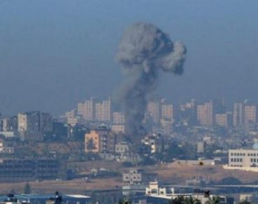 Catena di ombardamenti israeliani contro la Striscia di Gaza: 5 Palestinesi feriti