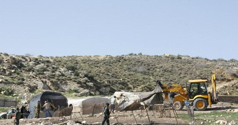 Israele distrugge insediamento beduino nella Valle del Giordano