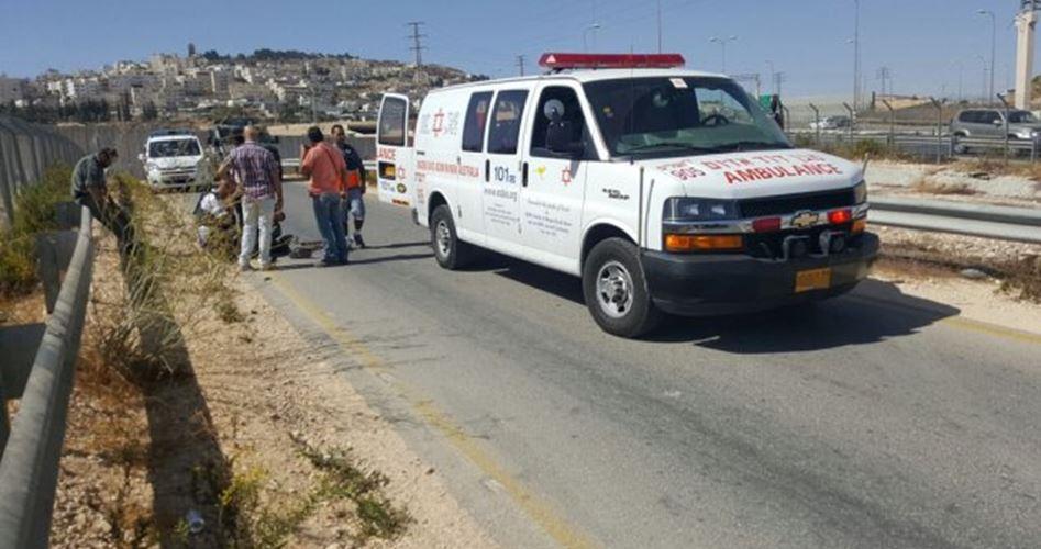 Hebron, soldati israeliani uccidono un giovane palestinese in seguito a un attacco automobilistico