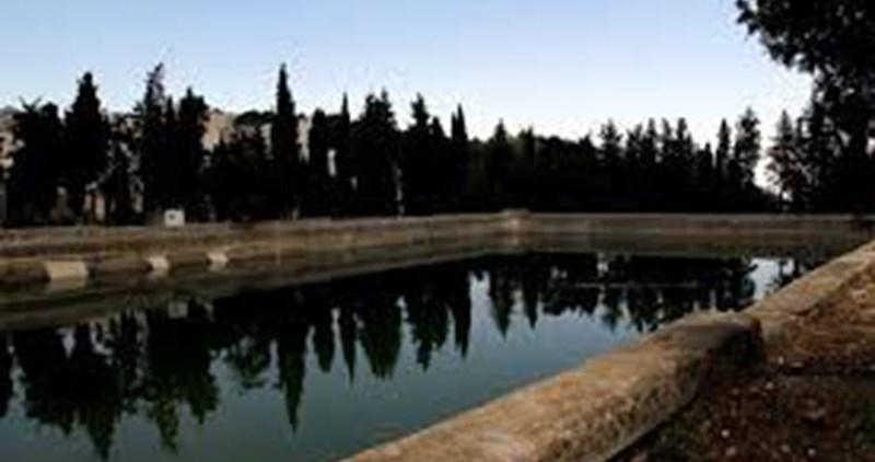I coloni invadono le vasche di Salomone a Betlemme