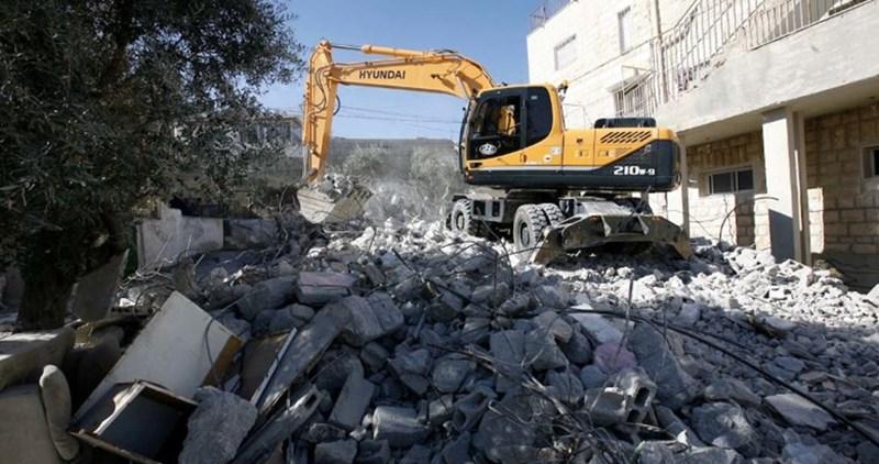 OCHA: Israele demolisce 46 strutture palestinesi in due settimane